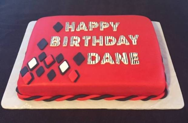 Birthday Cake red Dane