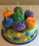 Birthday Cake with Cupcakes