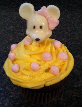 Mouse Jumbo Cupcake